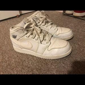All white air Jordan 1